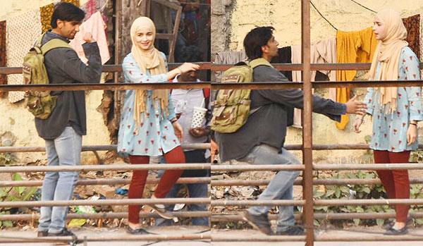 Alia Bhatt & Ranveer Singh Look unrecognizable for their upcoming Film titled 'Gully Boy'